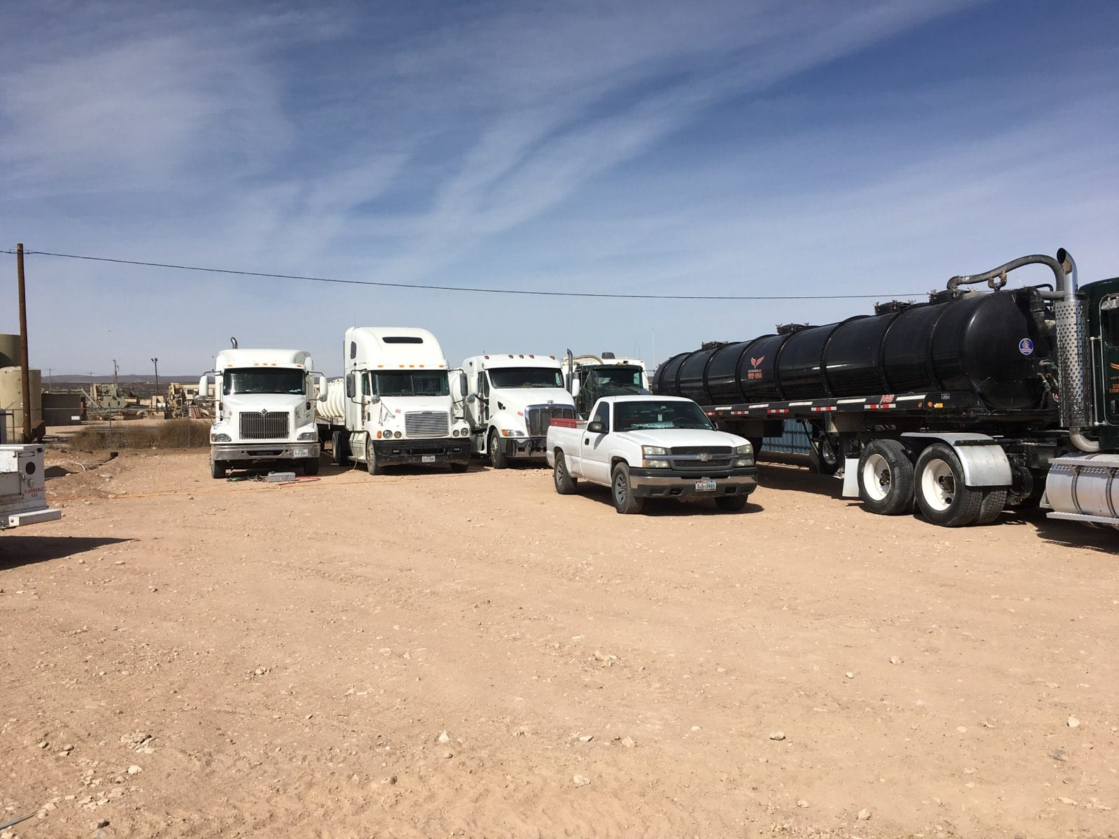 Secure truck and tractor trailer storage Carlsbad NM